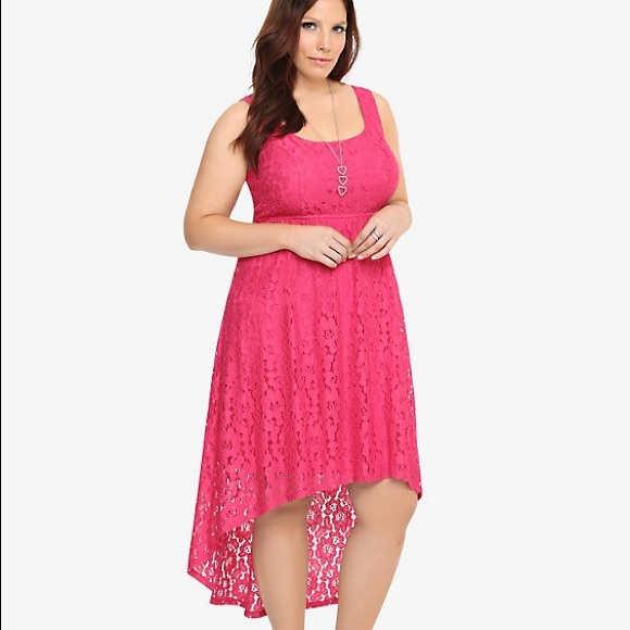 a4458b8002c NWT Torrid High  Low Lace Dress ~ Berry